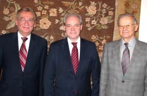 prezes Jerzy Bartnik, poseł Adam Szejnfeld, prezez Leszek Janowiecki